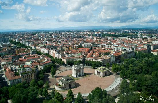 Uno sguardo su Milano (1556 clic)