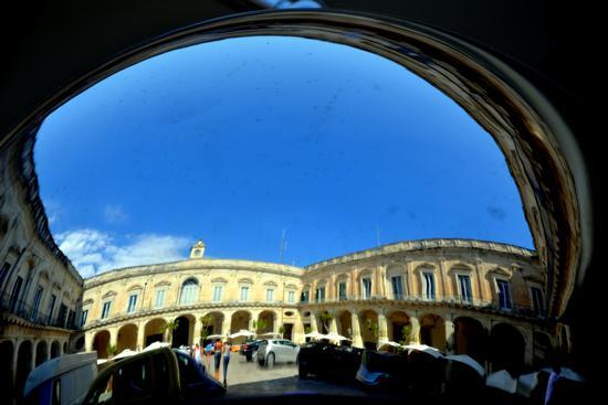 Riflessi - Lecce (2750 clic)