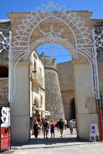 Porta ingresso citta' - Otranto (2165 clic)