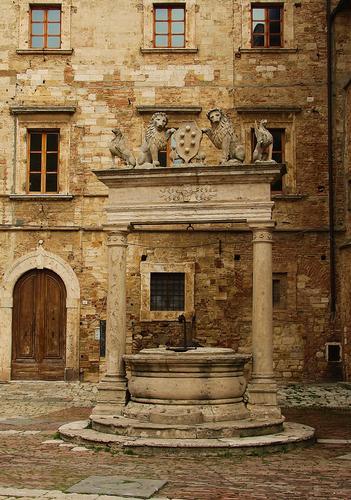 Il Pozzo - Montepulciano (1626 clic)