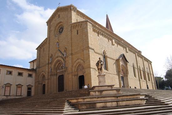 cattedrale di arezzo  (3052 clic)