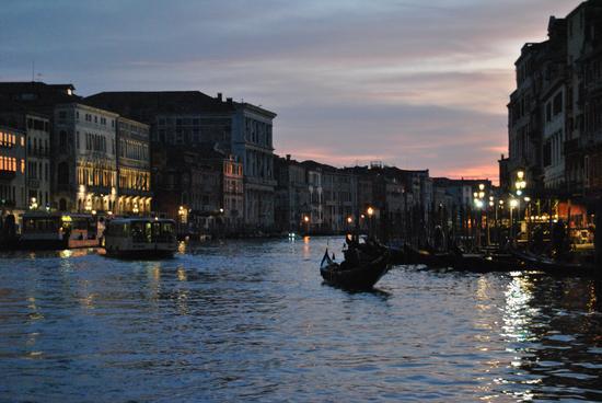 Venezia  , canal grande  (335 clic)