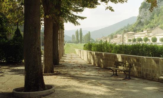 Giardini di Pioraco a settembre - PIORACO - inserita il 07-Oct-11