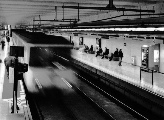 Metro (809 clic)
