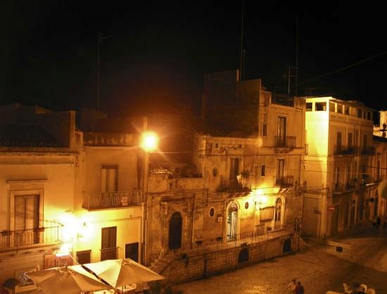 Piazza Municipio - Scicli (4026 clic)