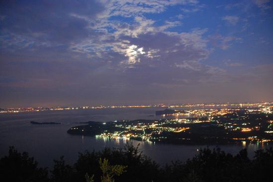 panorama notturno da B&b villa luna Salò (3320 clic)