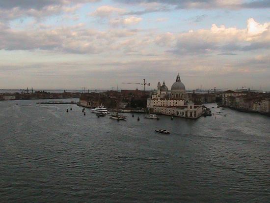 Rientro al Porto di Venezia vista dalla nave 15 luglio 2011 (1608 clic)