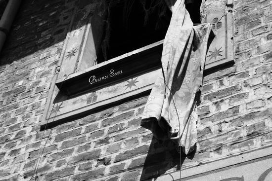 Quatre maisons dans le désert 4 - SAN GIULIANO MILANESE - inserita il 30-Aug-11