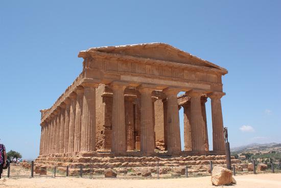 tempio di agrigento - Valle dei templi (2466 clic)