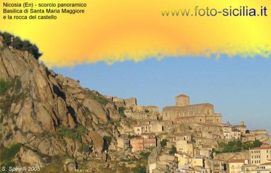 Rocca del Castello e chiesa di Santa Maria Maggiore. - Nicosia (3520 clic)