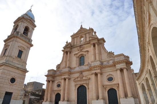 Torre campanaria della SS. Annunziata  - Ispica (3021 clic)