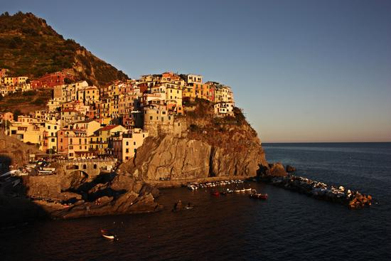 Manarola al tramonto... Uno dei borghi più belli d'italia! (4467 clic)