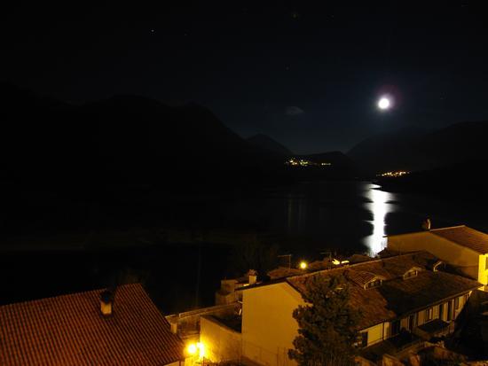 barrea di notte (3505 clic)