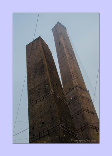 Bologna e le sue torri (1290 clic)
