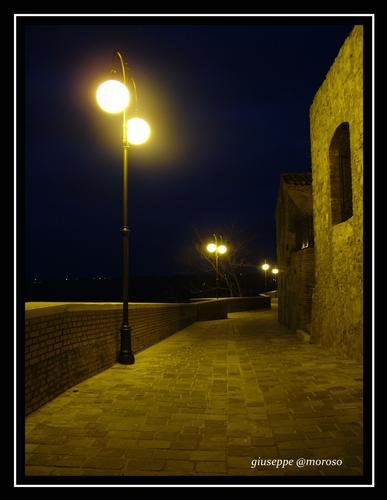 Frisa (Ch) centro storico (2654 clic)