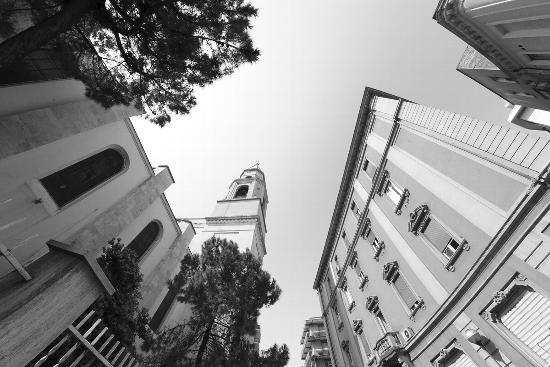 Guardando verso l'infinito - Pescara (1417 clic)