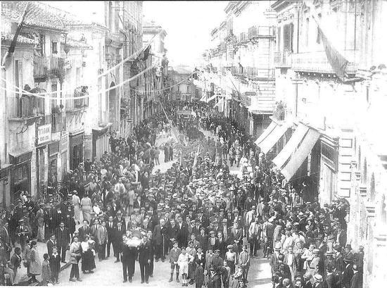 Corso Garibaldi (301 clic)