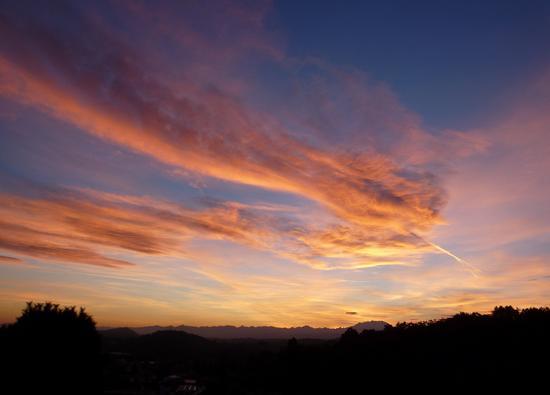 Nuvole arancioni! - Uggiate trevano (1488 clic)