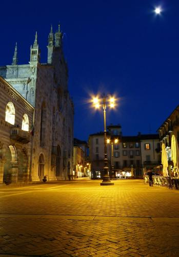Piazza Duomo - Como (2388 clic)