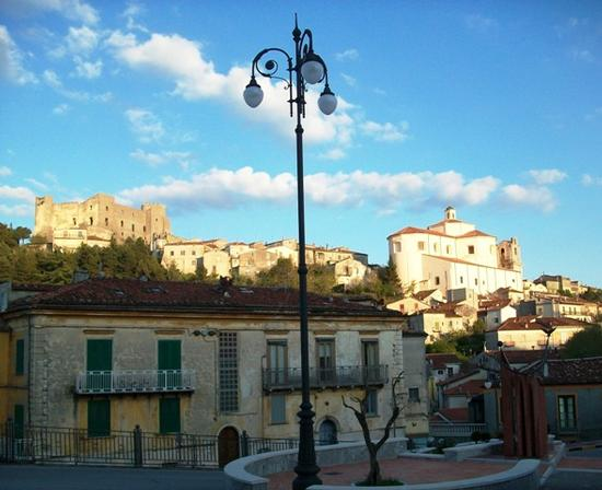 Castello e Chiesa Madre - Moliterno (3348 clic)