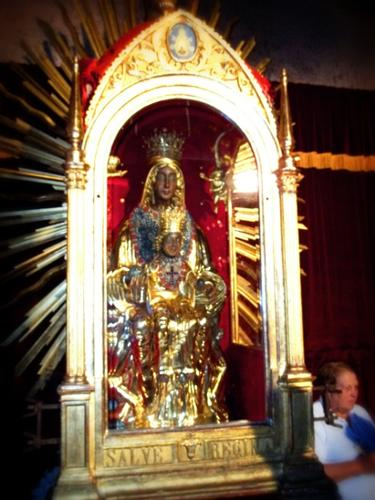 Madonna Nera del Sacro Monte di Viggiano (4770 clic)