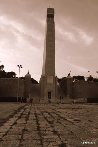 Monumento al Marinaio - Brindisi (1597 clic)