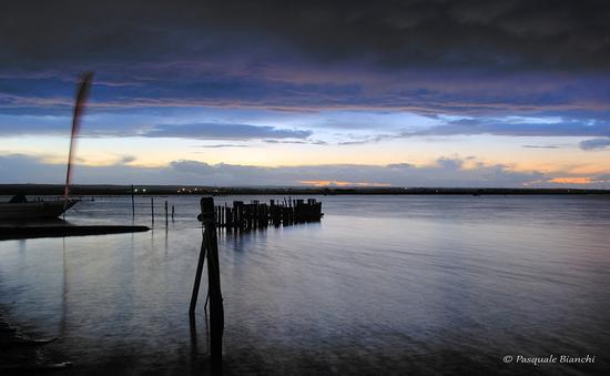 lago di Lesina - tramonto - LESINA - inserita il 23-Jan-14