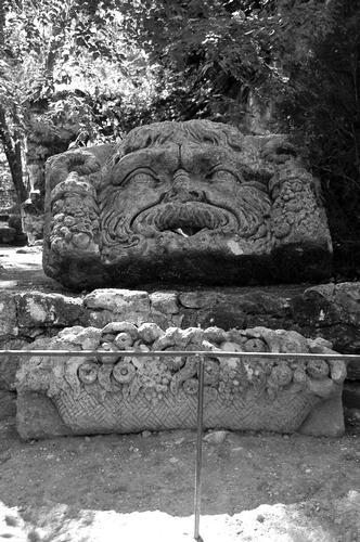 Parco dei Mostri  - Bomarzo (1170 clic)