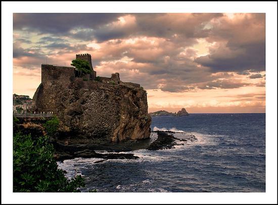 Il castello di Aci - Aci castello (5213 clic)