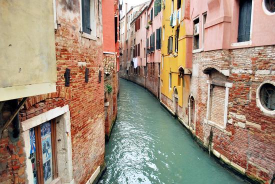 Canale Veneziano - VENEZIA - inserita il 30-Nov-11