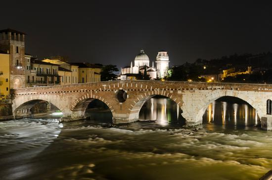 Verona by night (4276 clic)