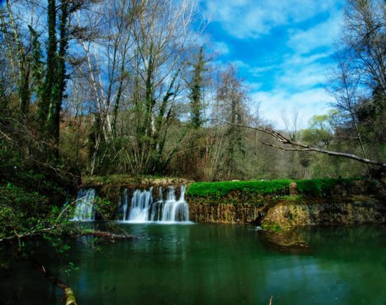 Cascata con laghetto nel Chianti - Gaiole in chianti (4260 clic)