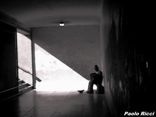 Musicista nel sottopassaggio . - SIENA - inserita il 13-Sep-12