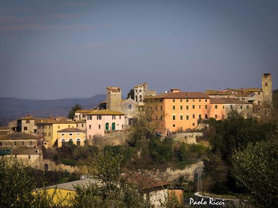 Antico borgo di Armaiolo (3295 clic)