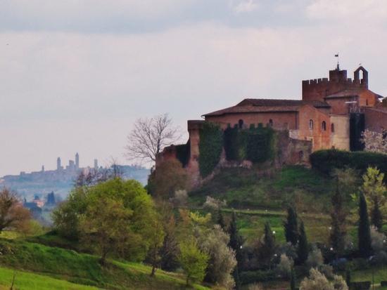 Borghi medievali in Toscana, Certaldo Alto (FI) e San Gimignano (SI) (2010 clic)