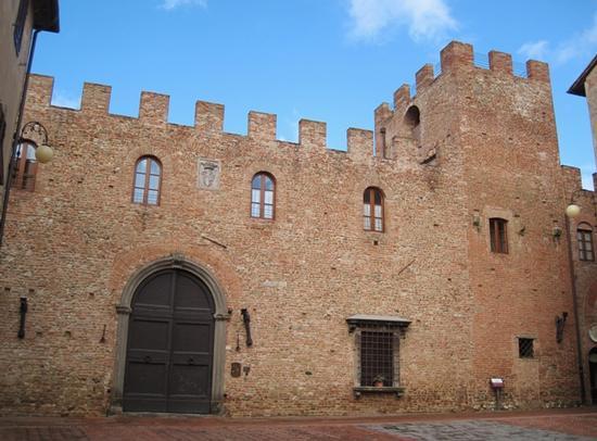 Borghi medievali in Toscana, Certaldo Alto (Firenze) (3058 clic)