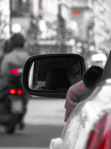 nel traffico - Chiavari (2477 clic)