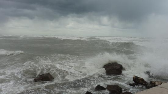 Mare in burrasca - Bari (3098 clic)