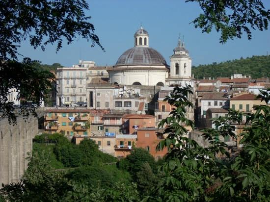chiesa e centro storico - Ariccia (6104 clic)