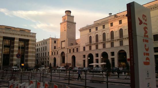 Piazza Vittoria - Brescia (2448 clic)
