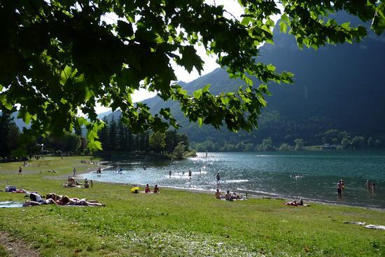 Lago d'Idro - spiaggia - Crone (2865 clic)