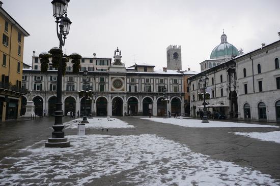 Piazza Loggia - Brescia (1970 clic)