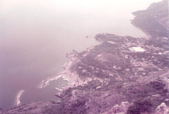 il porto di Maratea dal monte San Biagio (1988 clic)