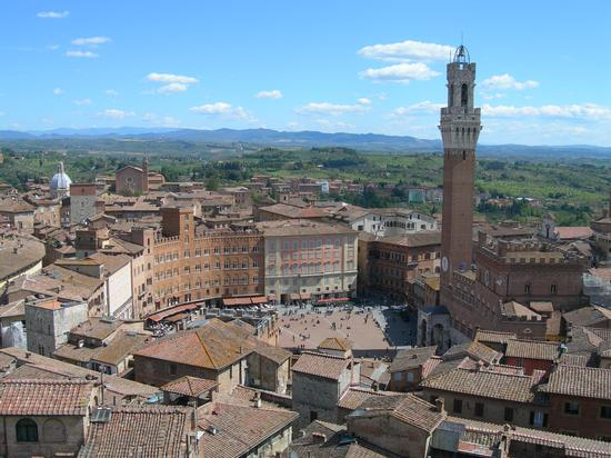 Siena, piazza del Campo (2581 clic)