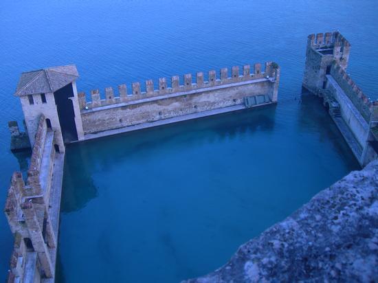 sirmione, castello - SIRMIONE - inserita il 06-Feb-12