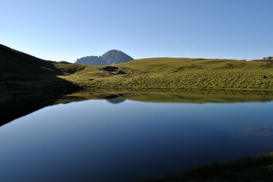 la calma del mattino al Lago Verde in val d'Ayas (6897 clic)