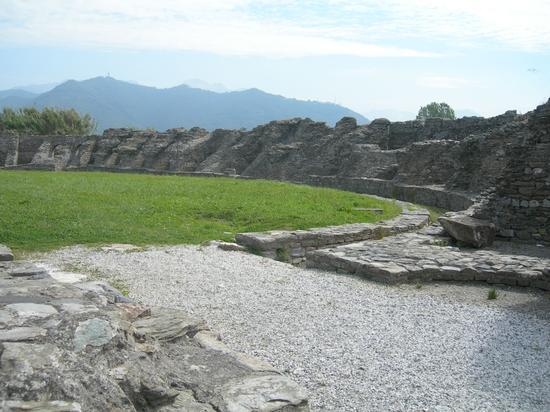 anfiteatro di luni (2164 clic)