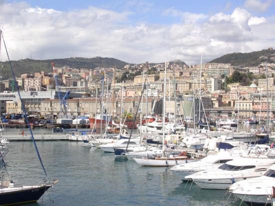 Genova dall'Acquario (3409 clic)