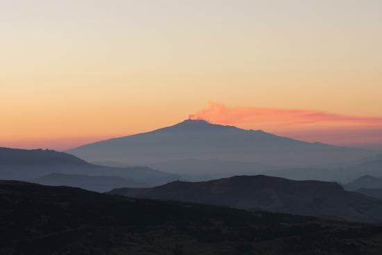 L'Etna all'aurora - Petralia sottana (1856 clic)