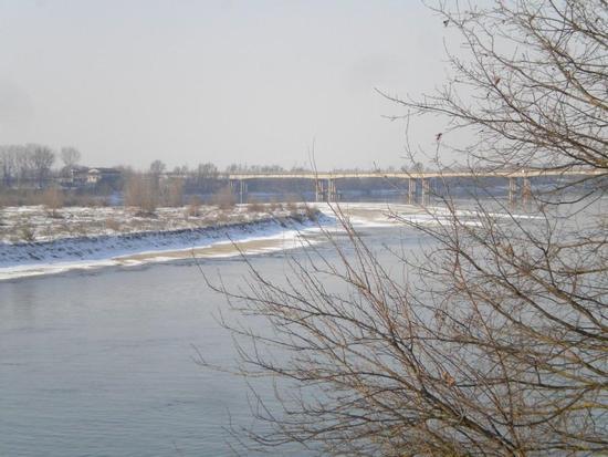 ponte sul fiume po - Castelmassa (1213 clic)